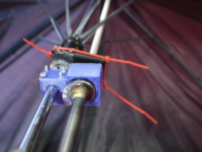 Détail du système d'ouverture automatisée du parapluie
